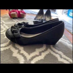 Women's Black Wedge Flats